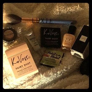 Other - K<3Voss, theNalm, Zoys, It Primer, Real her, Luxie